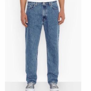Levi's | Men's 550 Relaxed Jeans Size 42W 30L